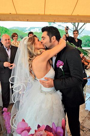 Алексей Чумаков и Юлия Ковальчук тайно поженились в Испании
