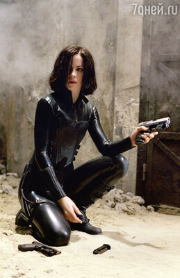 «Вампирше» Кейт Бекинсэйл повезло — она снималась ибез линз, и без клыков