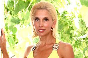 Как Алена Свиридова поддерживает идеальную форму: 6 секретов красоты певицы