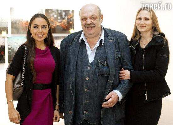 Лейла Алиева, Яков Бранд с супругой Юлией