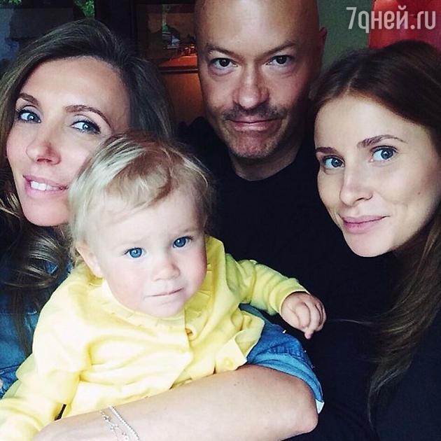 Светлана, Федор, Тата Бондарчук и маленькая Вера
