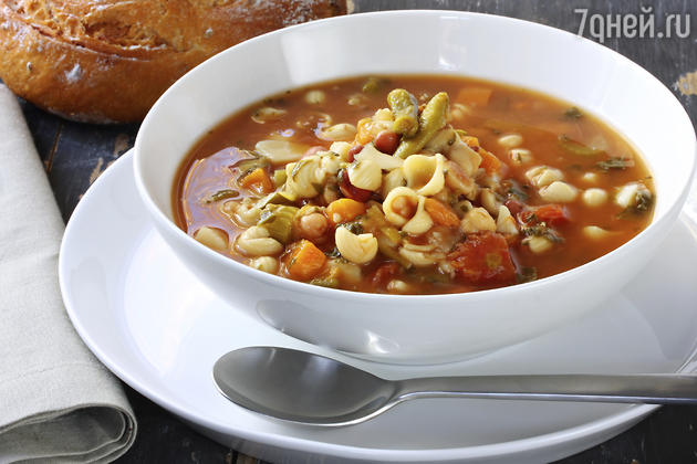 Суп минестроне: рецепт от шеф-повара Мишеля Ломбарди