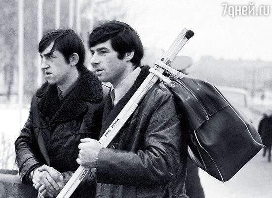 Валерий Харламов (справа) и  Борис Михайлов