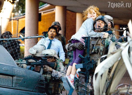 Кадр фильма «Инопланетное вторжение: Битва за Лос-Анджелес»