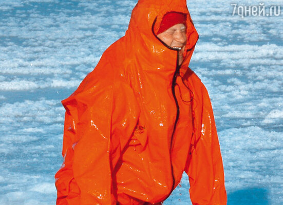 Принц Гарри в морозоустойчивом гидрокостюме