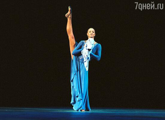 В течение пяти лет Анастасия Волочкова исполняла главные роли на сцене Большого театра