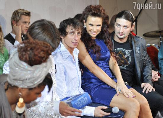 Слева направо: Вадим Галыгин, Эвелина Блёданс, Эдгард Запашный