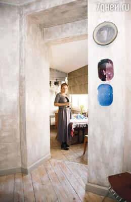 Эту комнату Саша называет чайной, хотя чайные церемонии в ней и не устраиваются
