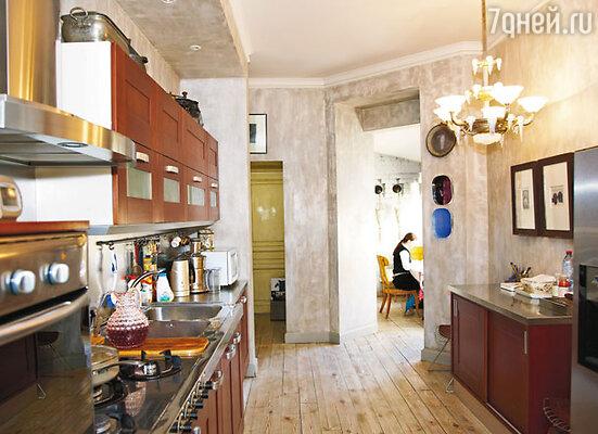 Французский вариант — проходная кухня