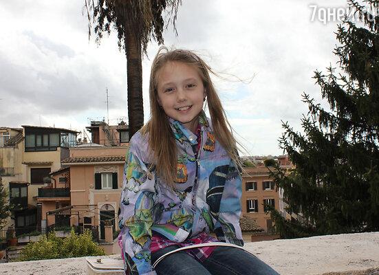 Свой 11-й день рождения Катя Старшова, самая маленькая из актрис семейного хита СТС «Папины дочки», встретила в Риме