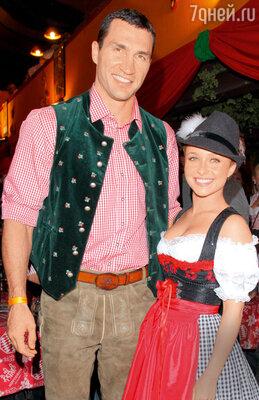 Владимир Кличко и голливудская актриса Хэйден Панеттьер объявили о грядущей свадьбе послетриумфальной победы Кличко над Поветкиным