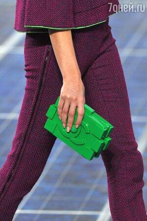 Lego клатч от Модного дома Chanel