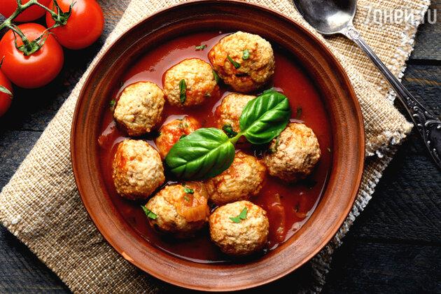 Идеальный суп с фрикадельками: рецепт от шеф-повара Гордона Рамзи
