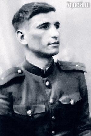 Отец Галины Коньшиной