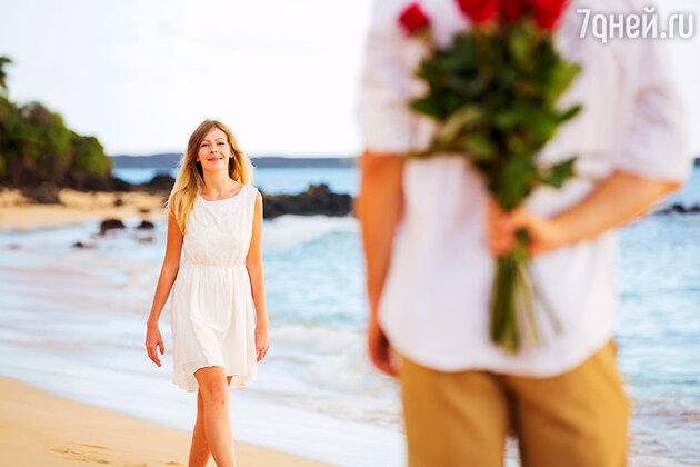 Курортный роман позволяет насладиться чистой романтикой без примеси проблем, денег и споров. Отношения, начавшиеся на столь приятной ноте, всегда дарят незабываемые моменты.