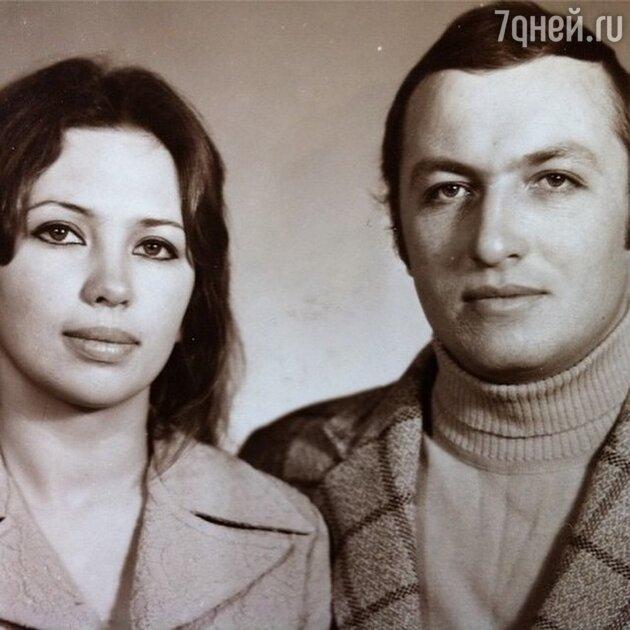 Родители Виктории Бони