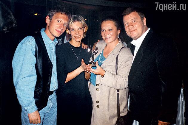 Михаил Трухин и Сергей Селин с женами