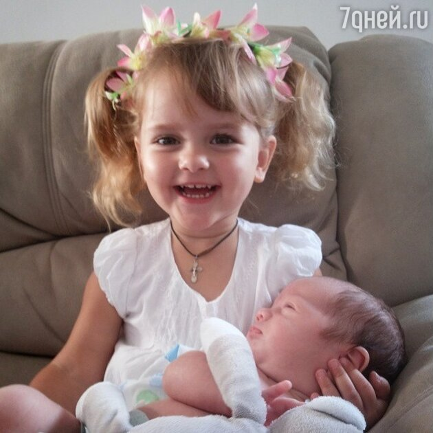 Дети Макарских