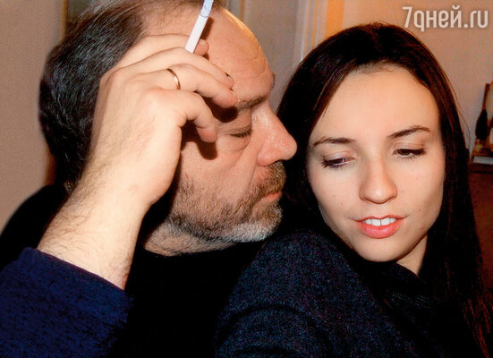 «Я долгое время был плохим отцом, но теперь Арину обожаю! Она часто приезжает ко мне, нам с ней интересно. И она — моя поддержка»