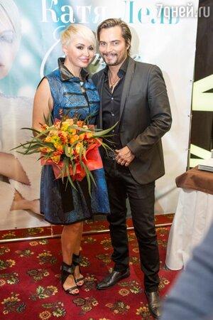 Катя Лель со шведским исполнителем, номинантом премии «Золотой Глобус» Боссоном, Москва, ноябрь 2013 года
