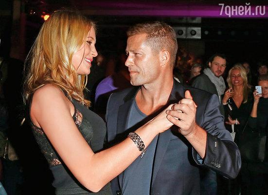 Любовнице Тиля Свенье Хольтман (на фото) сейчас двадцать пять лет, столько же, сколько было Дане, когда они с мужем встретились