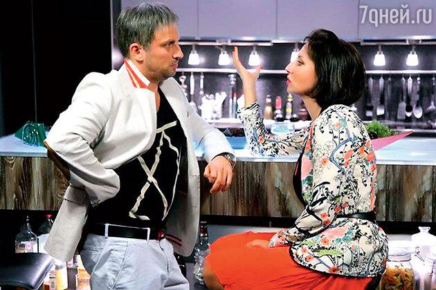 Алика Смехова с  Дмитрием Нагиевым в сериале «Два отца и два сына» на СТС