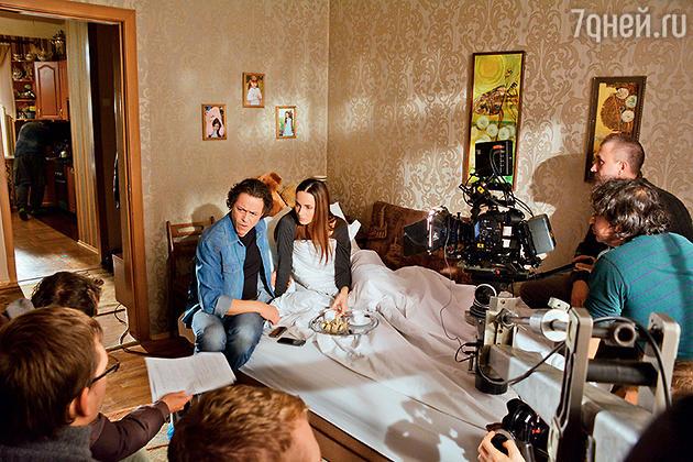 Анна Снаткина на съемках «Плакучей ивы»