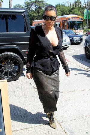 Ким Кардашьян на шоппинге