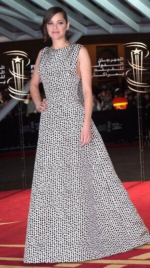 Марион Котийяр в пятнистом платье на открытии Международного кинофестиваля в Марракаше 2013