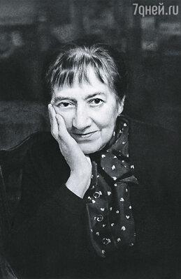 Зинаида Серебрякова уехала на заработки во Францию, а вскоре между Европой и Советским Союзом опустился железный занавес, на долгие годы разделивший ее с родными