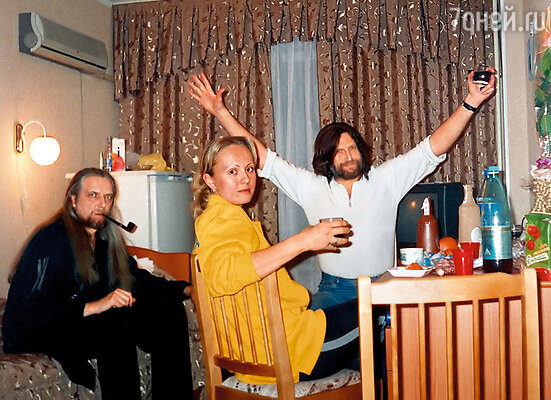 С Сергеем и Никитой я познакомилась во время гастролей в Благовещенске