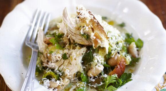Весеннее рагу из курицы с цитрусами: рецепт от шеф-повара Джейми Оливера