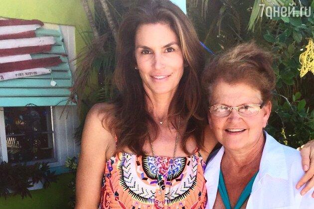 Синди Кроуфорд с ее мамой