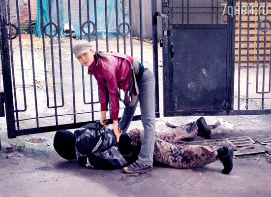 Актрисе Екатерине Федуловой пришлось пройти подготовку, достойную подруги Джеймса Бонда. Девушка научилась стрелять, освоила азы дзюдо и даже премудрости верховой езды...