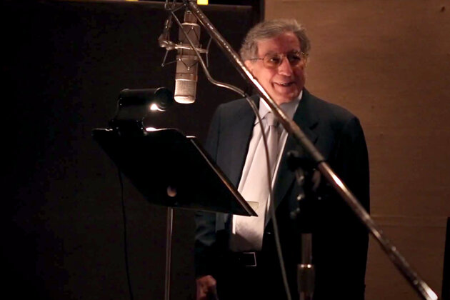Тони Беннетт в клипе на песню «I Can't Give You Anything but Love»