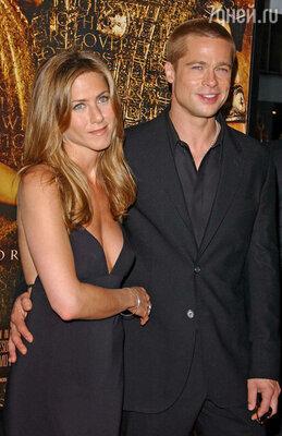 Брэд Питт с бывшей супругой Дженнифер Энистон