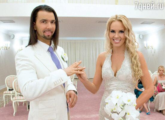 Официальная церемония прошла во Дворце бракосочетания города Пушкин