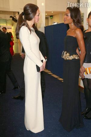 5 декабря Кейт Миддлтон впервые пришла на светское мероприятие с конским хвостом