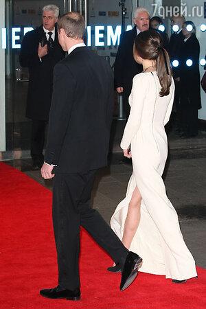 Кейт Миддлтон и принц Уильям посетили лондонскую премьеру фильма Mandela: Long Walk to Freedom