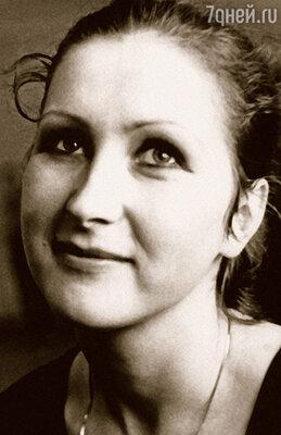 В Большой театр Евгения Шульц пришла работать в 1969-м. И ей сразу поручили  восстанавливать костюмы Красса, которого танцевал Лиепа