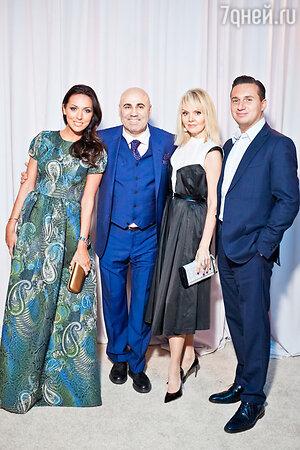 Алсу с мужем Яном Абрамовым, Иосиф Пригожин и Валерия  на праздновании дня рождения Иосифа Пригожина