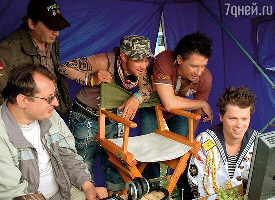 В 2009 году Харламов как раз ушел из Comedy Club, занялся съемками «Самого лучшего фильма». Финансовое положение у нас в этот период сильно ухудшилось
