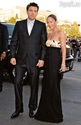 Эффлек с Дженнифер Лопес на премьере фильма «Сорвиголова». 2003 г.