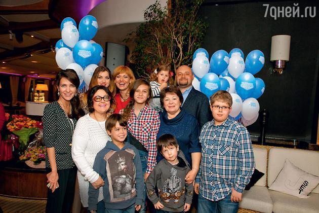 Екатерина Климова устроила дочери Елизавете первый большой праздник по случаю ее 13-летия