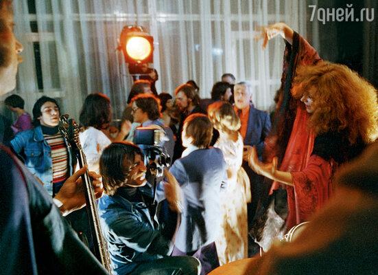 Михаил Боярский и Алла на съемках фильма «Пена». Эпизод «Кинофестиваль»
