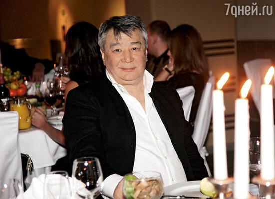 Наш друг Алимжан Тохтахунов. Он же Тайванчик. Ныне известный меценат