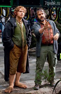 Питер Джексон санглийским актером Мартином Фримэном (Бильбо Бэггинс) на съемках «Хоббита...» в Новой Зеландии
