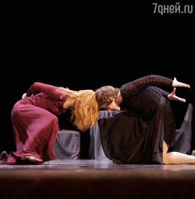 Сцена из балета «Эдит Пиаф»