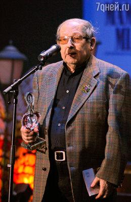 Композитор Александр Колкер, получивший премию в номинации «Лучшая музыка (композитор)» за мюзикл «Гадюка»