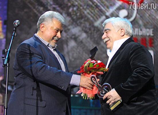 Юлий Гусман и продюсер Давид Смелянский, получивший премию за мюзикл «Продюсеры»